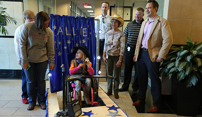 As part of RS&H's commitment to community involvement, we help create wheelchair-accessible Halloween costumes.
